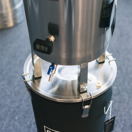7 gal | Brew Bucket Brewmaster Edition Fermenter