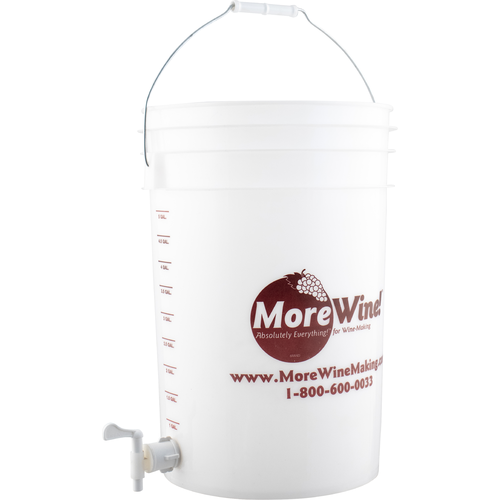 Bottling or Fermentation Bucket With Spigot (6 Gallon)